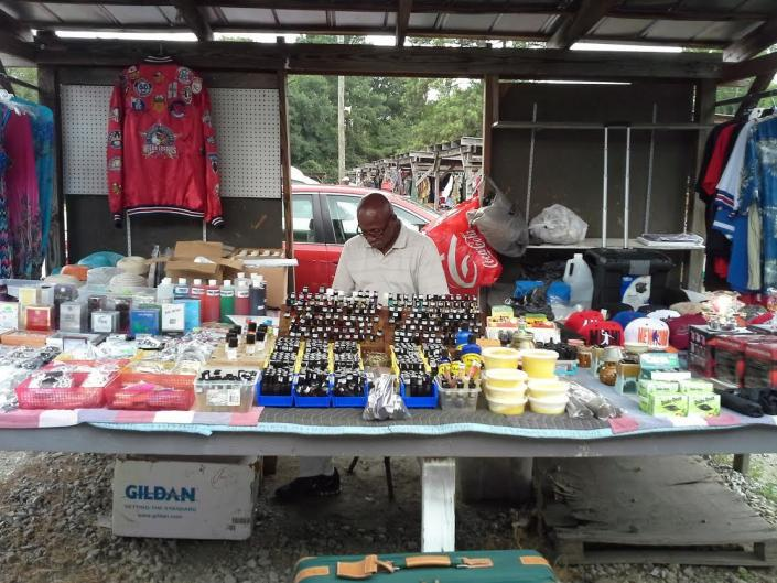Our vendor proudly sells a variety of famous fragrances and burning oils that you are sure to love!